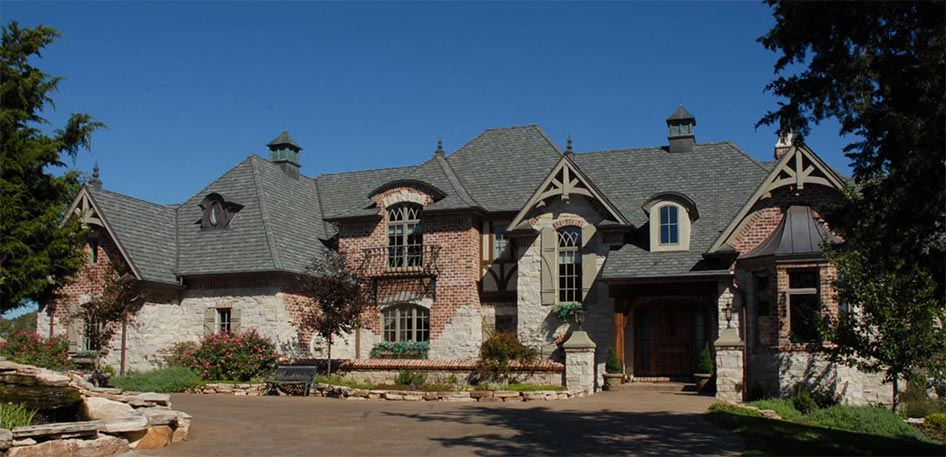 Cribb Estate Custom Home Front View